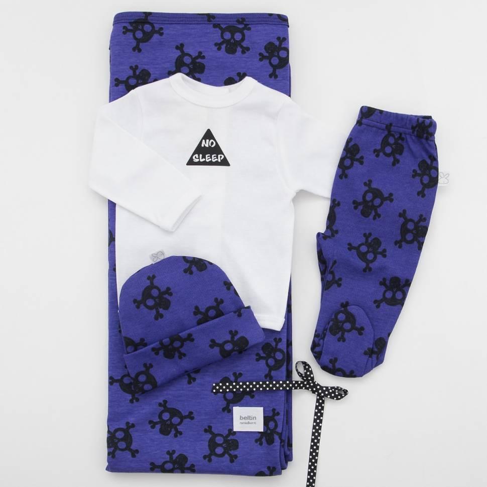Pack recién nacido de primera puesta para bebé con camiseta blanca estampada y pantalón con pié lila con calaveras, gorrito y ar