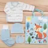 Pack recién nacido de primera puesta para bebé en terciopelo modelo león azul, con gorro y manoplas a juego. Bolsa de regalo