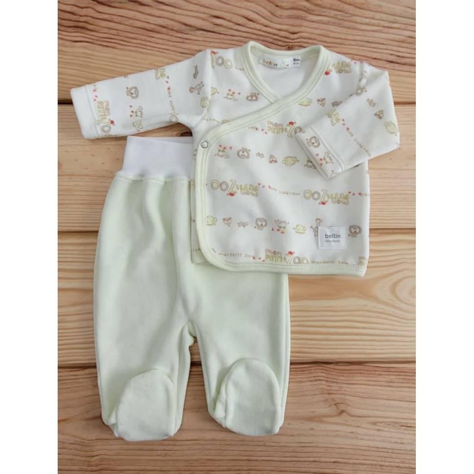 Conjunto LEON VERDE Terciopelo para bebés Prematuro compuesto por jersey estampado con animales de la selva y pantalón liso.